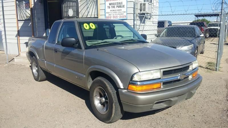 2000 Chevrolet S-10 for sale at Advantage Motorsports Plus in Phoenix AZ