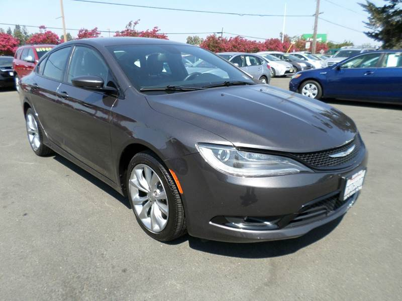 2015 CHRYSLER 200 S 4DR SEDAN gray one owner clean vehilce abs - 4-wheel active grille sh