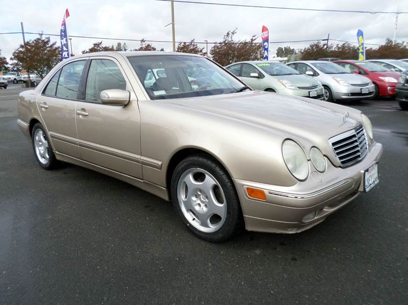 2001 MERCEDES-BENZ E-CLASS E 430 4DR SEDAN gold new tiresone owner vehilce anti-theft syst