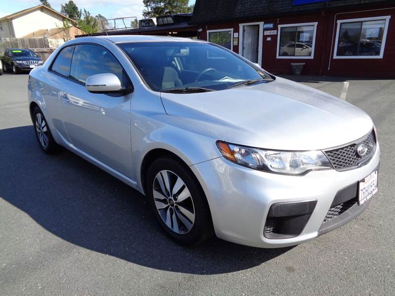 2013 KIA FORTE KOUP EX 2DR COUPE 6M silver manual transmission 2-stage unlocking doors a
