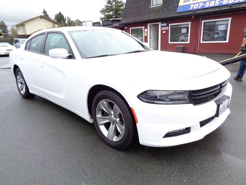2016 DODGE CHARGER SXT 4DR SEDAN white alpine sound clean vehicle 2-stage unlocking doo