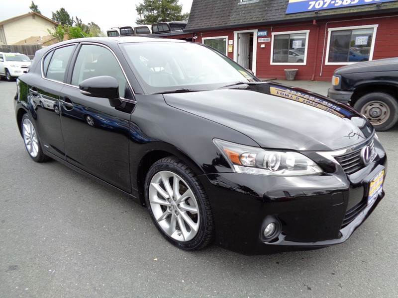 2011 LEXUS CT 200H BASE 4DR HATCHBACK black one owner vehicle new tires hybrid 2-stag