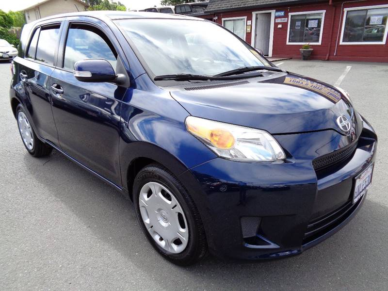 2010 SCION XD BASE 4DR HATCHBACK 4A blue one owner vehicle door handle color - body-color e