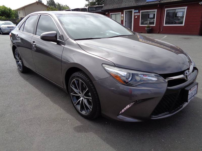 2015 TOYOTA CAMRY XSE 4DR SEDAN gray new tires headlight bezel color - black door handle c