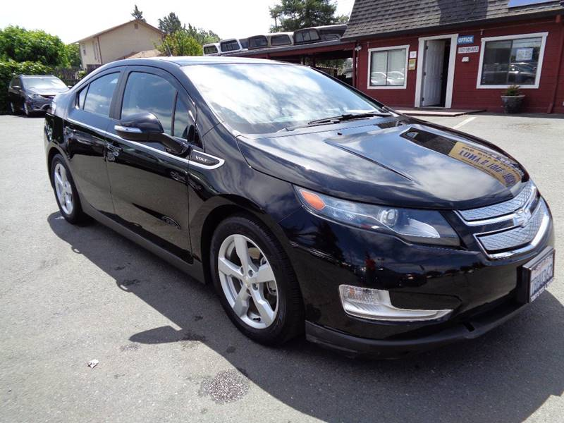 2014 CHEVROLET VOLT BASE 4DR HATCHBACK black door handle color - body-color front bumper color -