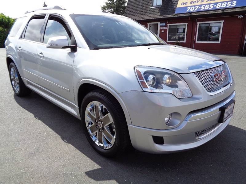 2011 GMC ACADIA DENALI AWD 4DR SUV silver one owner 3rd row seatingcaptain chairsbose