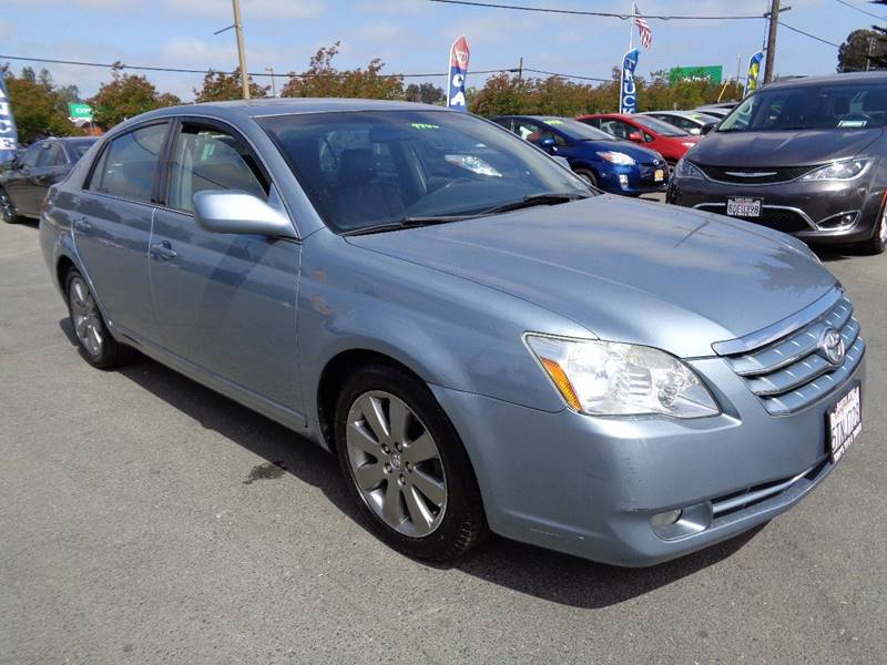 2006 TOYOTA AVALON TOURING 4DR SEDAN light blue one owner vehicle new tires armrests