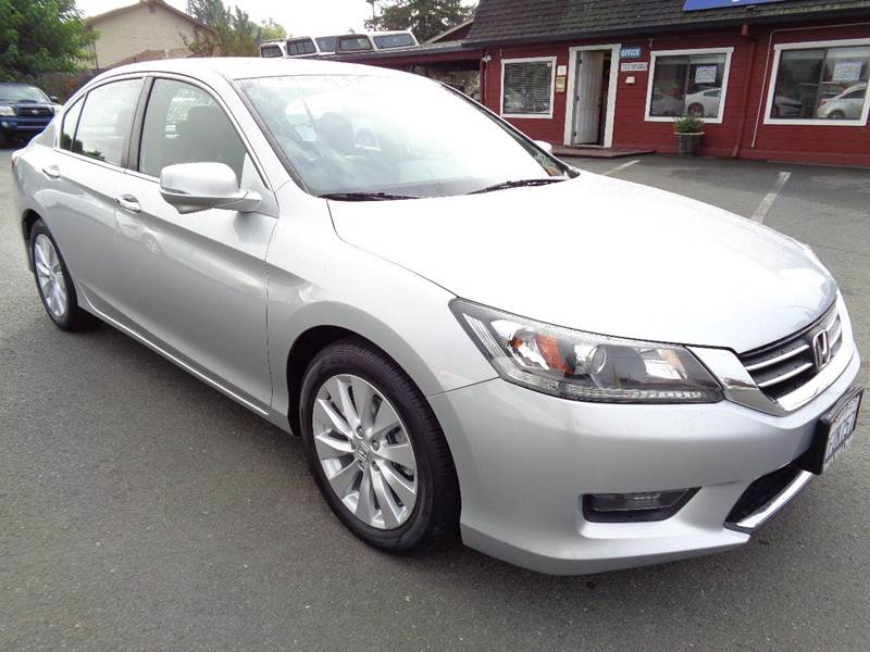 2014 HONDA ACCORD EX L 4DR SEDAN silver one owner vehicle new tires door