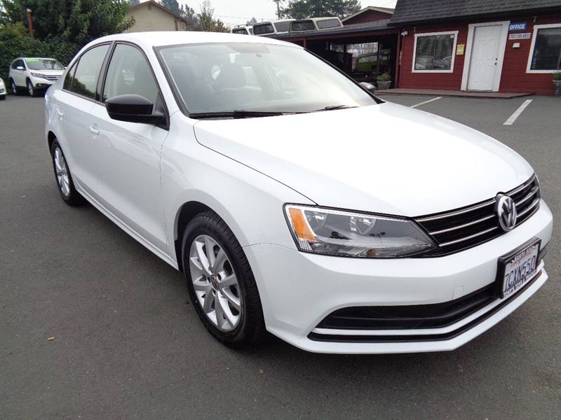 2015 VOLKSWAGEN JETTA SE PZEV 4DR SEDAN 6A white new tires door handle