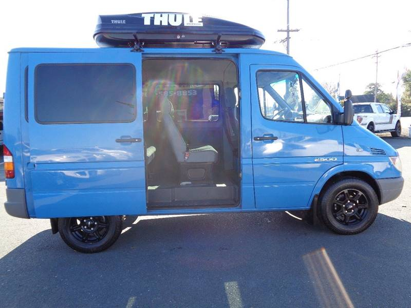 2004 DODGE SPRINTER PASSENGER 2500 3DR 118 IN. WB HIGH ROOF PA