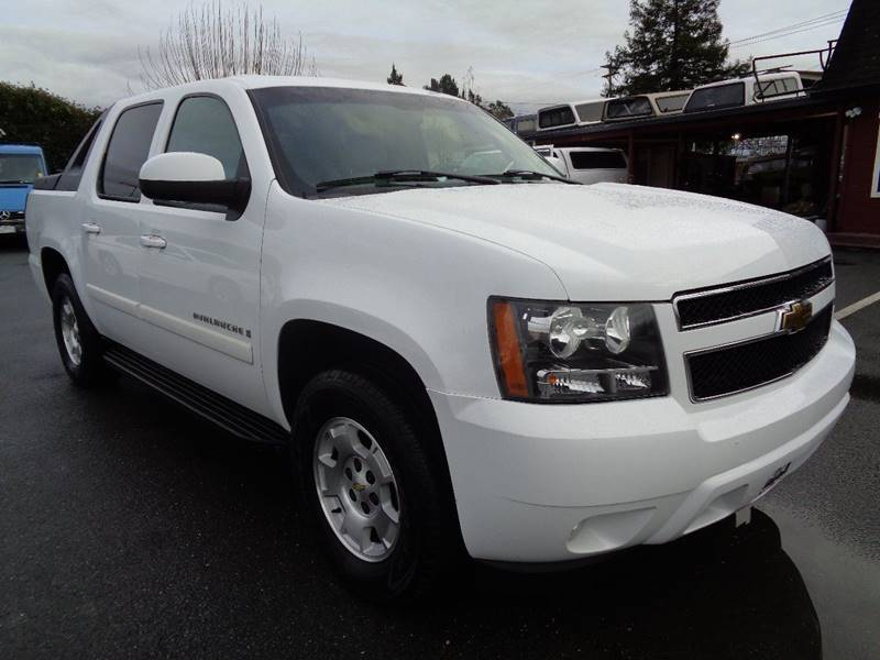 2008 CHEVROLET AVALANCHE LT 4X4 4DR CREW CAB SB W 3LT white 4wd pickup