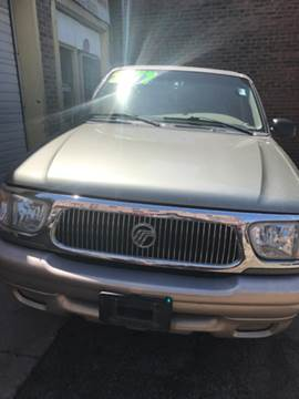 2000 Mercury Mountaineer for sale in Cleveland, OH