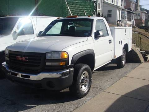 2004 GMC C/K 2500 Series for sale in Folcroft, PA