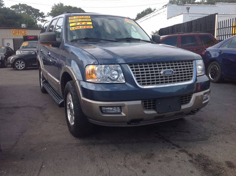 2004 Ford Expedition car for sale in Detroit