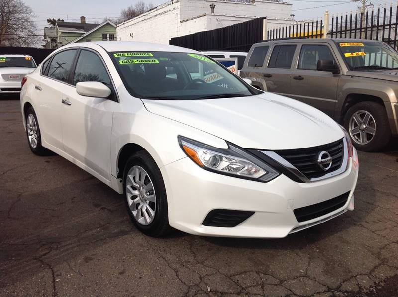 2016 Nissan Altima car for sale in Detroit
