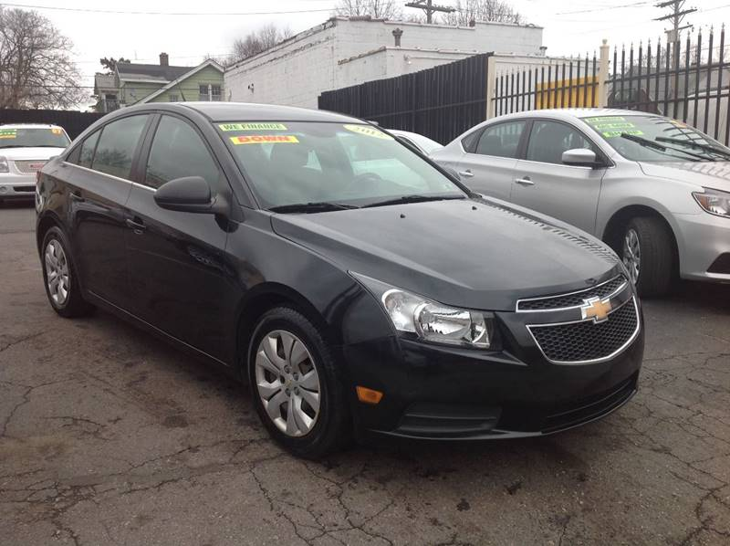 2012 Chevrolet Cruze car for sale in Detroit