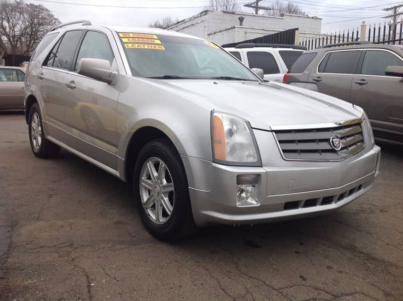 2005 Cadillac Srx car for sale in Detroit