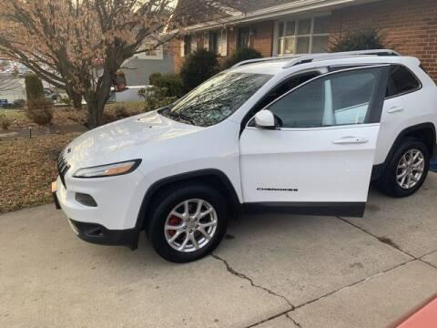2014 Jeep Cherokee for sale at CASTLE AUTO AUCTION INC. in Scranton PA