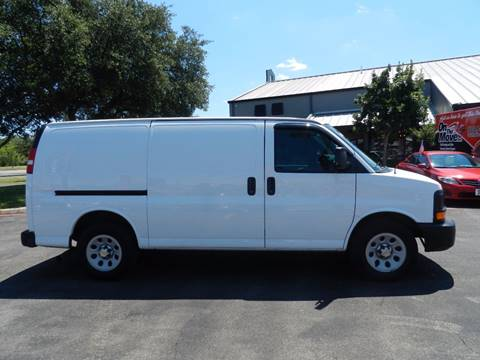 2013 Chevrolet Express Cargo for sale in Boerne, TX