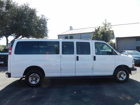 2015 Chevrolet Express Passenger for sale in Boerne, TX