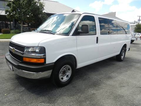 2017 Chevrolet Express Passenger for sale in Boerne, TX