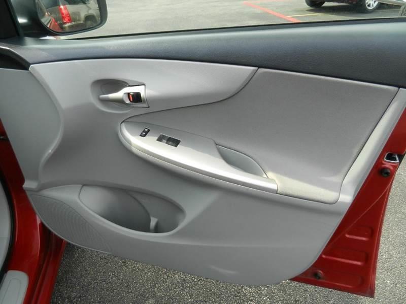2013 Toyota Corolla LE 4dr Sedan 4A - Boerne TX