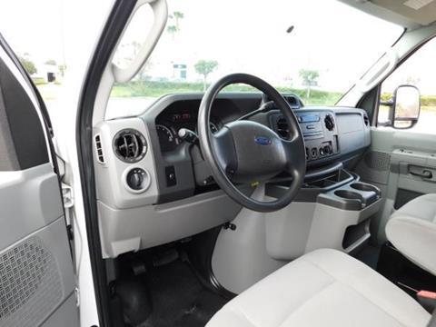 2011 Ford E-Series Cargo