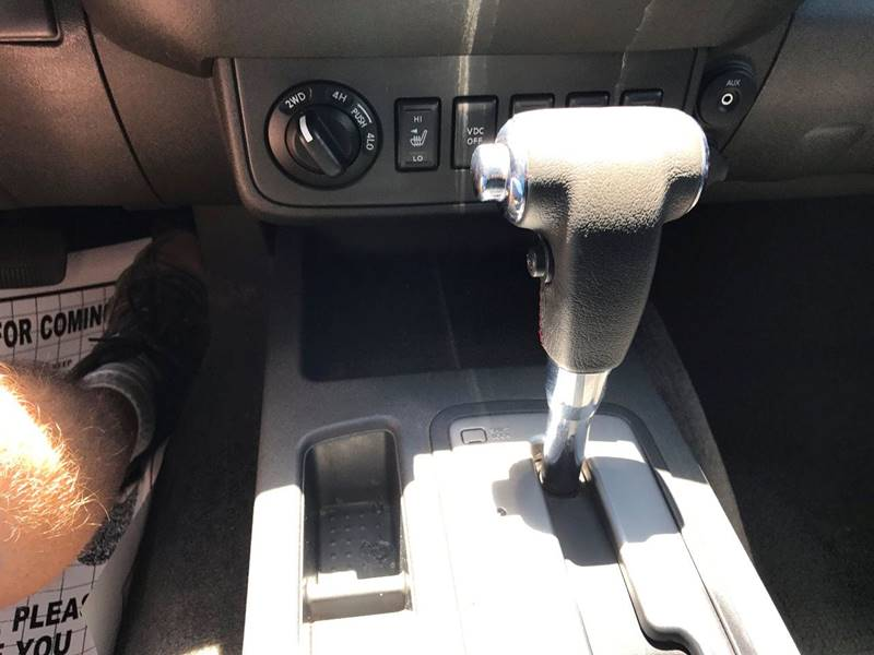 2010 Nissan Frontier 4x4 PRO-4X 4dr Crew Cab SWB Pickup 5A - Mesa AZ