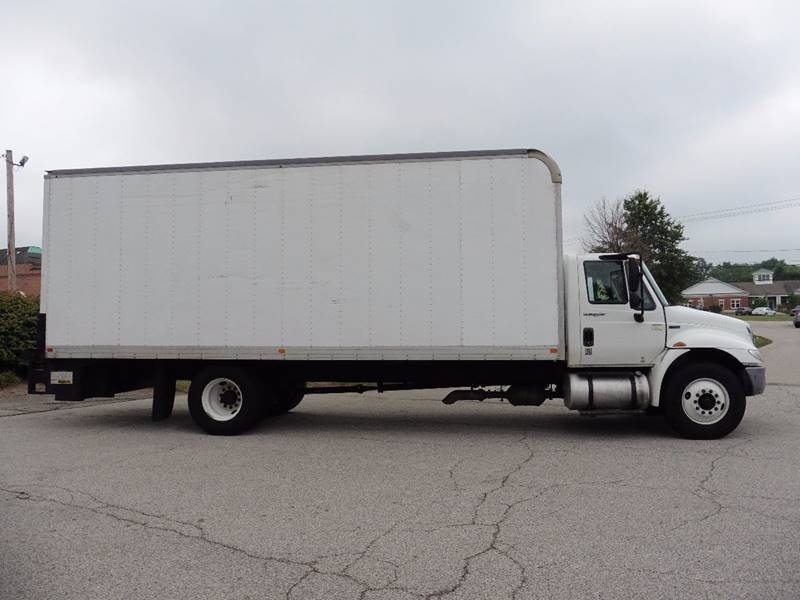 2013 International DURA STAR 4300  - Chagrin Falls OH