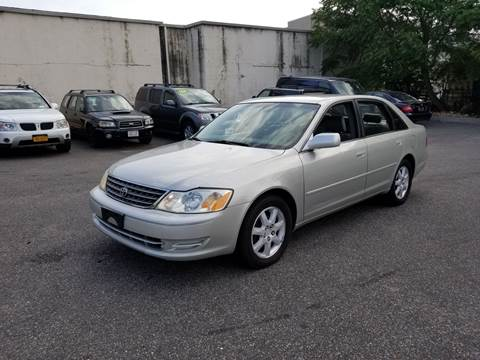 2003 Toyota Avalon for sale at 1020 Route 109 Auto Sales in Lindenhurst NY