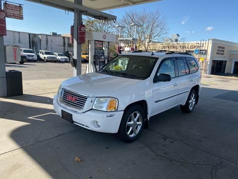 2008 GMC Envoy for sale in Lindenhurst, NY