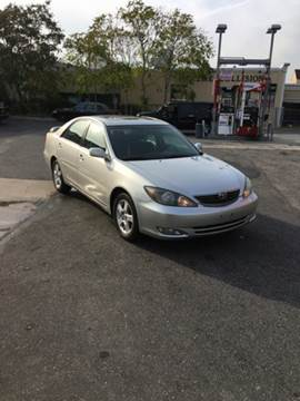 2004 Toyota Camry for sale in Lindenhurst, NY