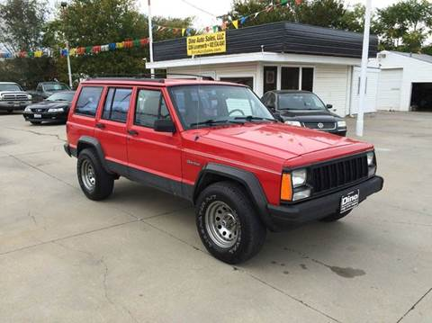 1995 Jeep Cherokee for sale at Dino Auto Sales in Omaha NE