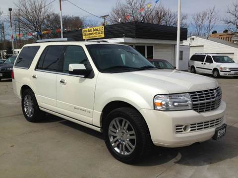 2007 Lincoln Navigator for sale at Dino Auto Sales in Omaha NE