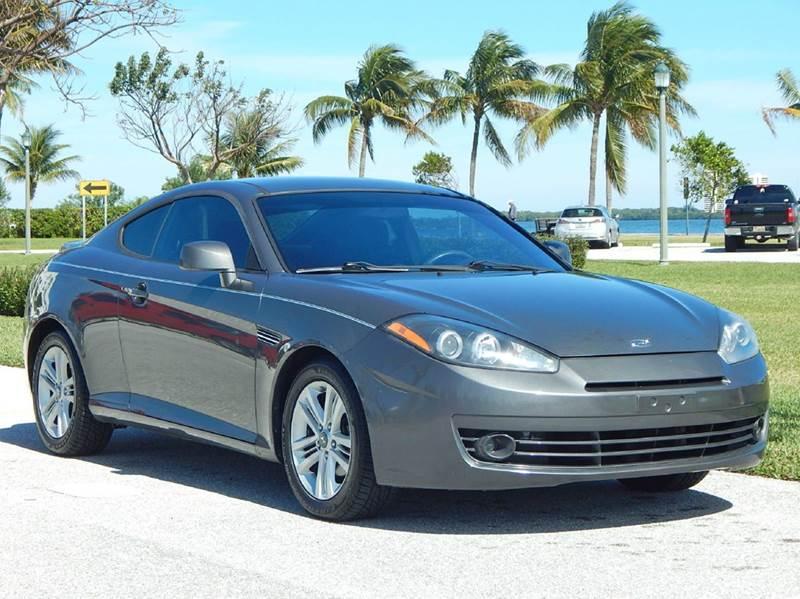 2007 Hyundai Tiburon for sale at VE Auto Gallery LLC in Lake Park FL