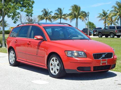 2005 Volvo V50 for sale at VE Auto Gallery LLC in Lake Park FL