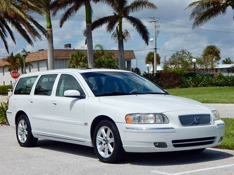 2005 Volvo V70 for sale at VE Auto Gallery LLC in Lake Park FL