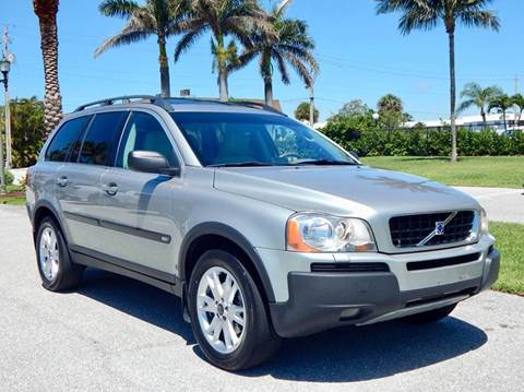 2004 Volvo XC90 for sale at VE Auto Gallery LLC in Lake Park FL