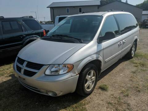 2005 Dodge Grand Caravan for sale at CRUZ'N MOTORS in Spirit Lake IA