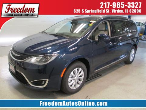 2018 Chrysler Pacifica for sale in Virden, IL