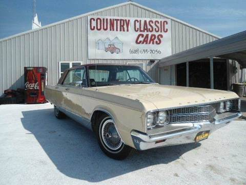 1968 Chrysler New Yorker for sale at Country Classic Cars in Staunton IL