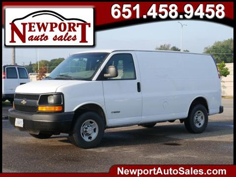 2005 Chevrolet Express Cargo for sale in Newport, MN