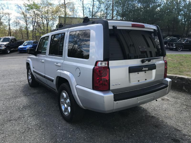 2007 Jeep Commander Sport 4dr SUV 4WD - Upton MA