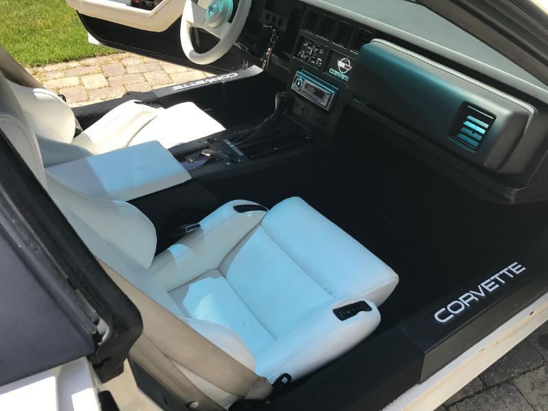 1988 Chevrolet Corvette 2dr Hatchback - Upton MA