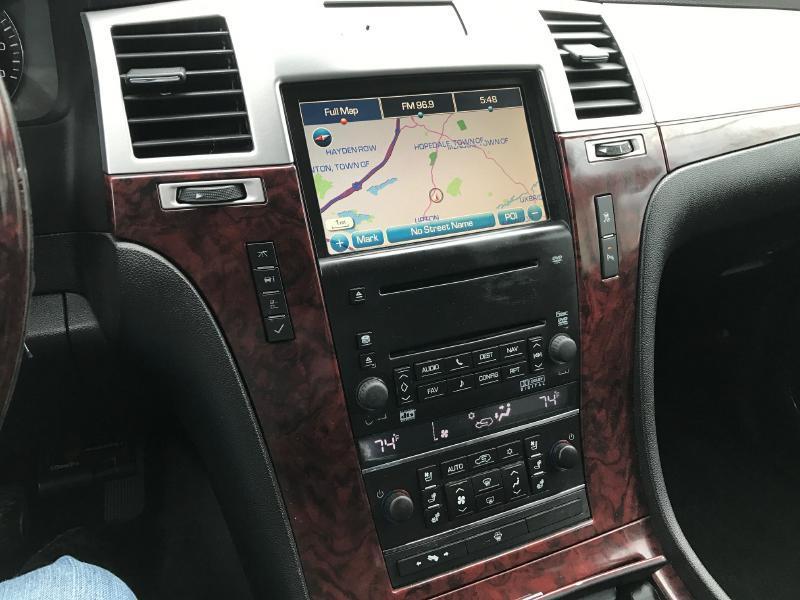 2007 Cadillac Escalade EXT Base AWD 4dr Crew Cab SB - Upton MA