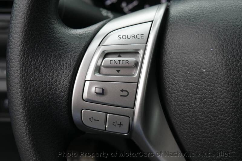 2017 Nissan Altima (image 31)