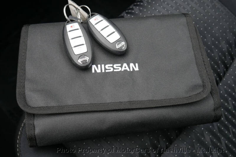 2017 Nissan Altima (image 40)