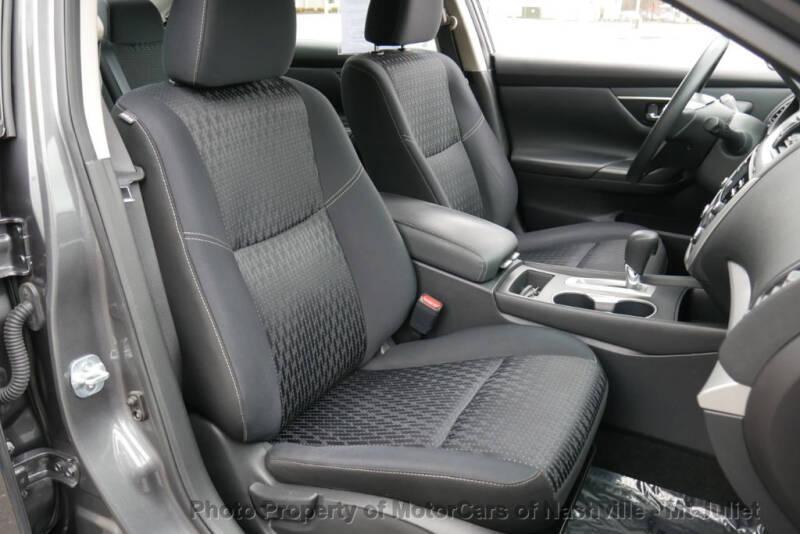 2017 Nissan Altima (image 23)
