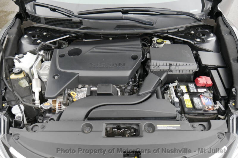 2017 Nissan Altima (image 39)