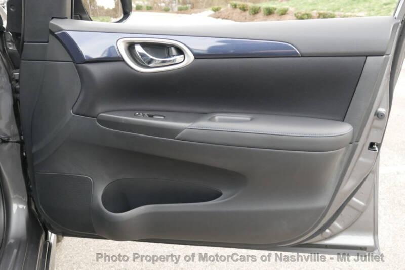 2017 Nissan Sentra (image 17)